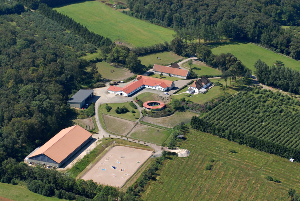 Flygbild över Grevlunda gård